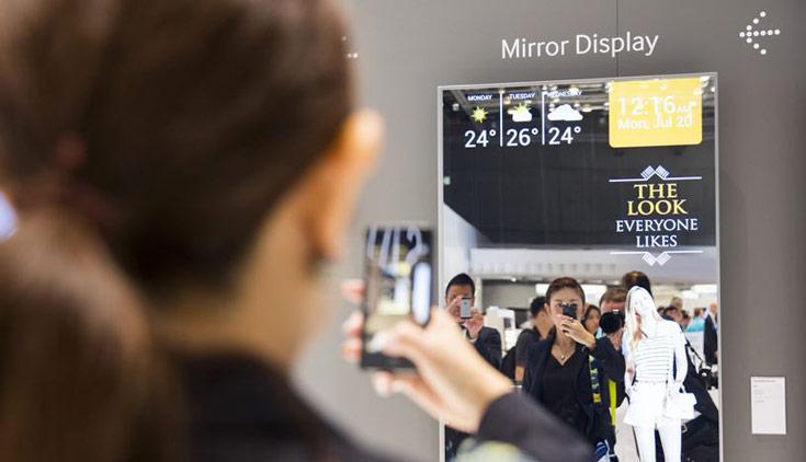 Дисплей DM65E-BR размером 65 дюймов предназначен для интерактивного информирования потребителя