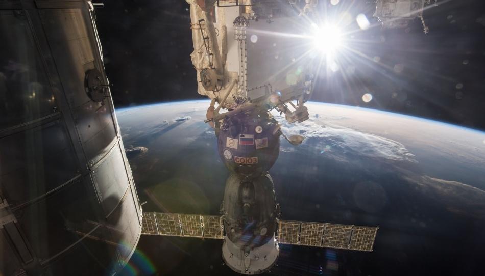 Почему «Союз» летел к МКС двое суток или занимательная баллистика - 1