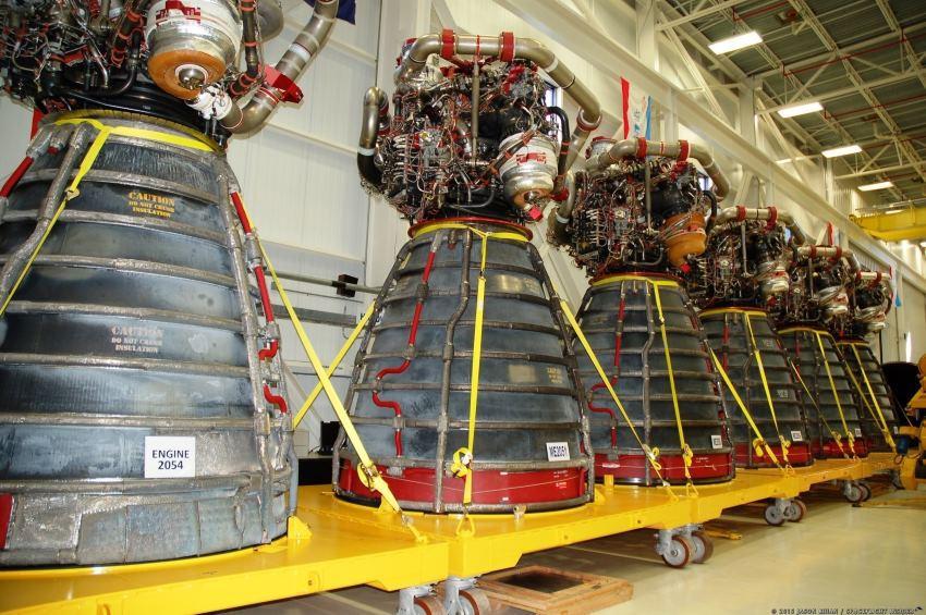 Очередное испытание двигателей для тяжелой ракеты-носителя SLS прошло успешно - 3