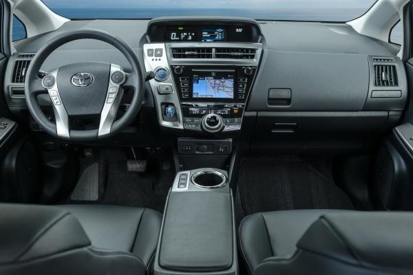 Toyota анонсировала новый Prius - 2