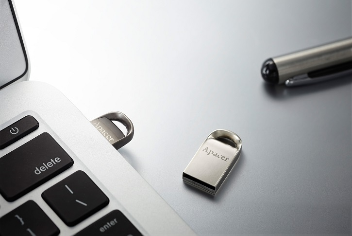 Apacer AH115 и AH156 оснащены портами USB 3.0 и USB 2.0