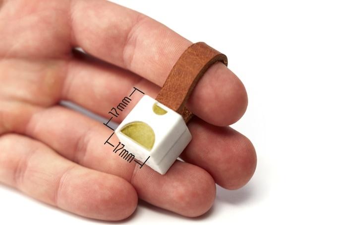 Nipper — самое маленькое зарядное устройство в мире - 3