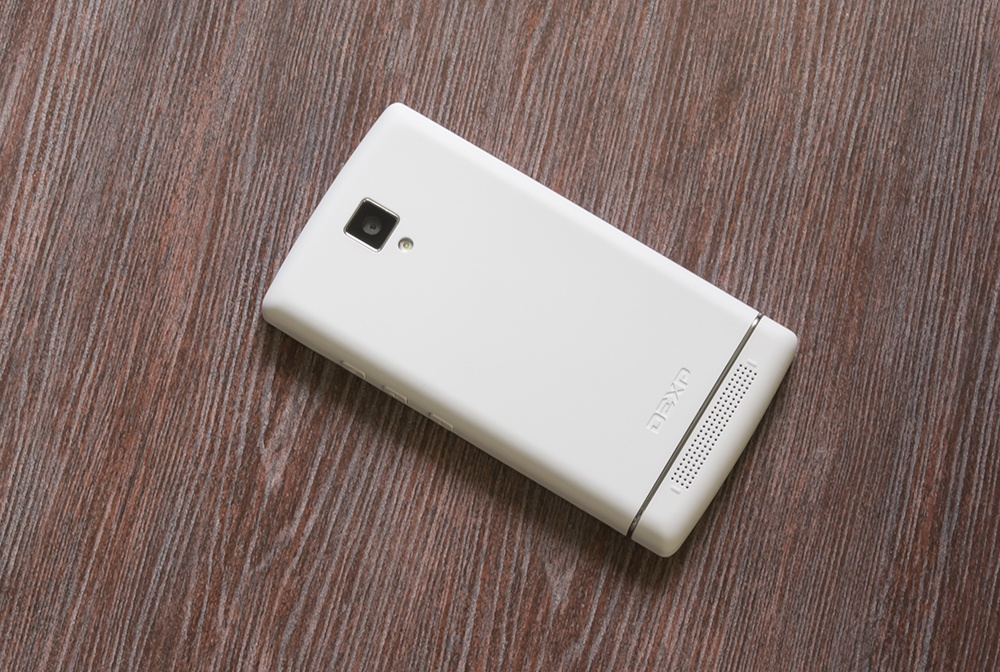 Обзор DEXP Ixion XL240 Triforce: самый маленький в мире 8-ядерный смартфон - 3