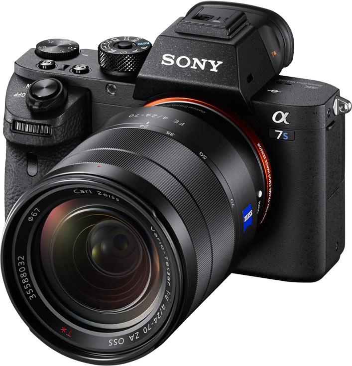 Камера Sony Alpha a7S II оснащена пятиосевым стабилизатором изображения