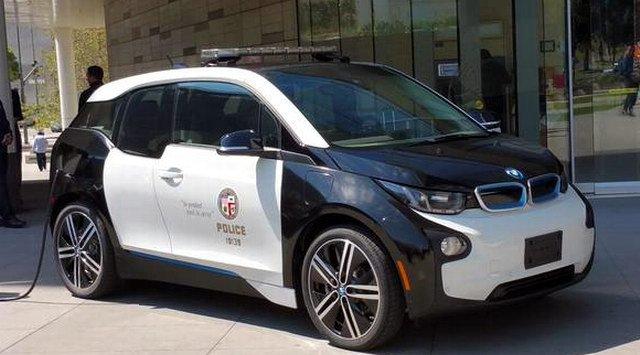 Лос-анджелеская полиция пересядет на электромобили Tesla и BMW - 3
