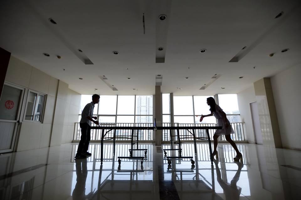 В Китае софтварные компании нанимают девушек для создания весёлой рабочей атмосферы - 4