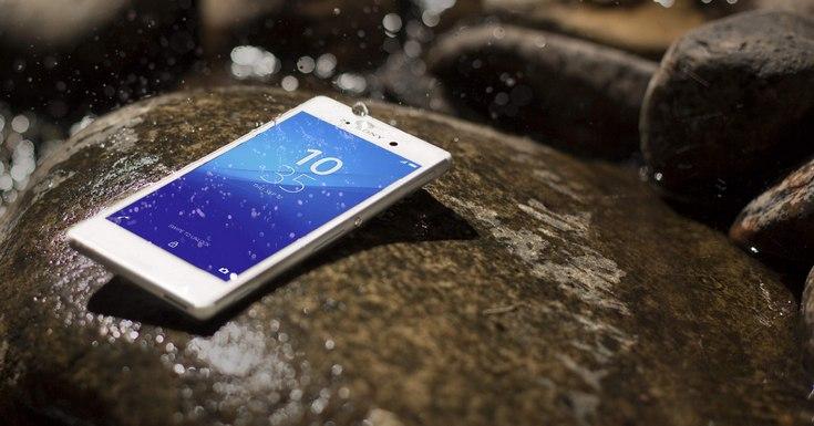 Sony более не советует погружать в воду свои защищённые смартфоны