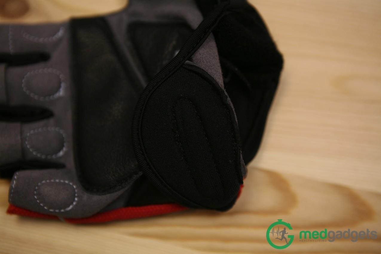 Велосипедные перчатки Zackees повышают безопасность велосипедиста на дороге - 13