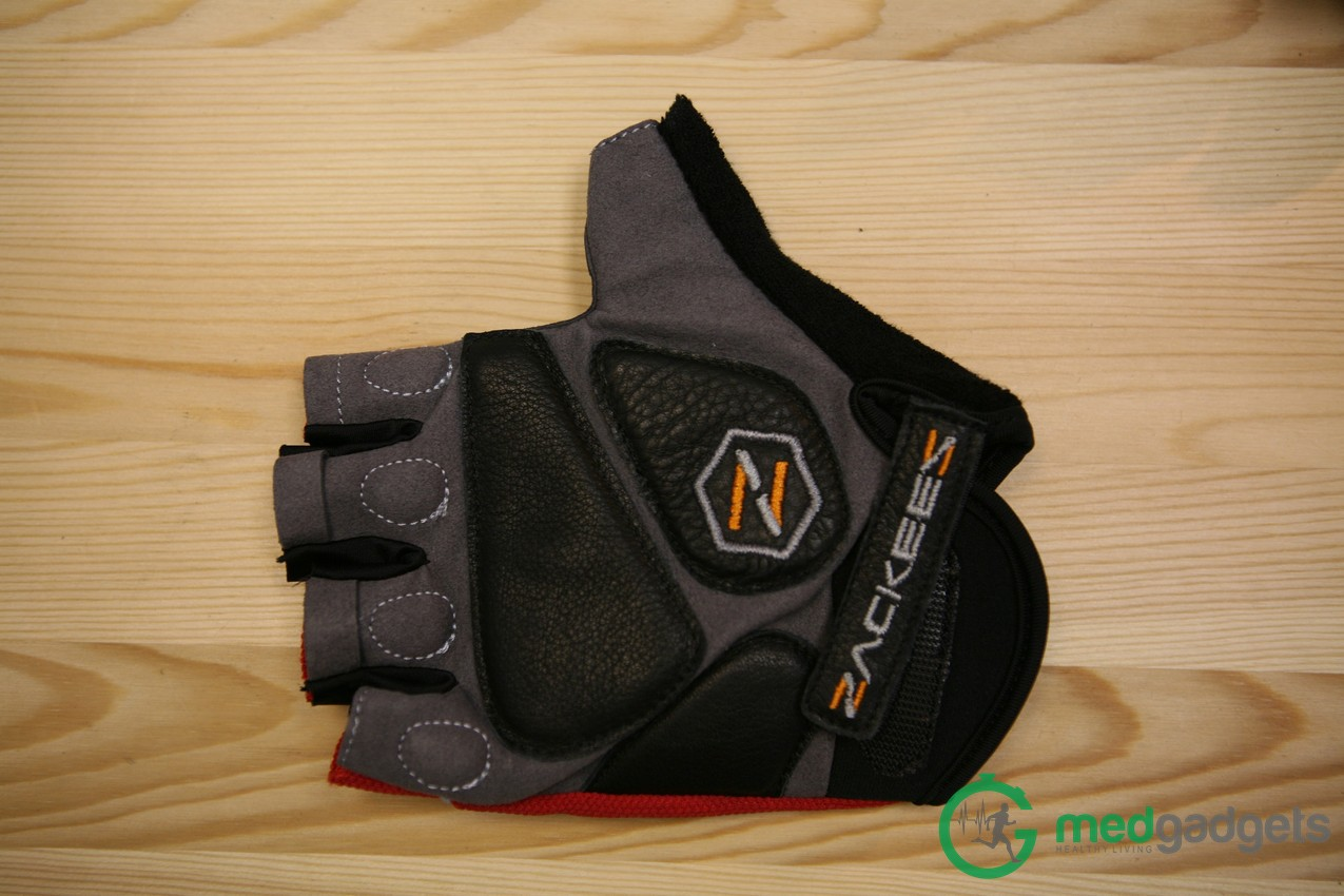 Велосипедные перчатки Zackees повышают безопасность велосипедиста на дороге - 6