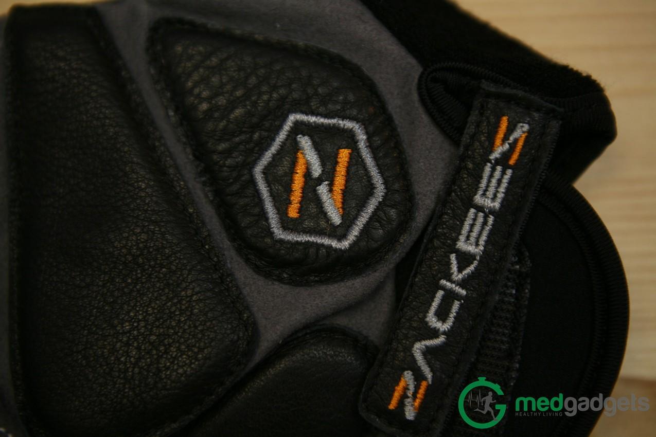 Велосипедные перчатки Zackees повышают безопасность велосипедиста на дороге - 7
