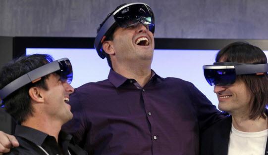 первые девкиты HoloLens будут отправлены разработчикам уже в начале следующего года