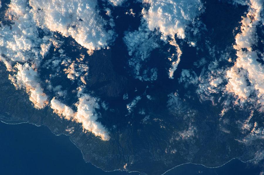Земля и космос с МКС - 15