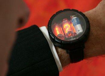 Всему свое время: 10 интересных моделей наручных Geek-часов за последние 10 лет - 9