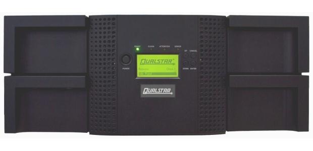 В конфигурацию библиотеки Qualstar Q48 можно включить от одного до четырех приводов с интерфейсом SAS или FC