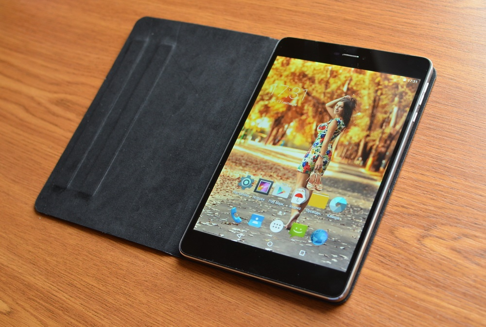 МОЗГовитый bb-mobile Techno MOZG: первый в России планшет с Intel Atom X3 и Android 5.1 - 5