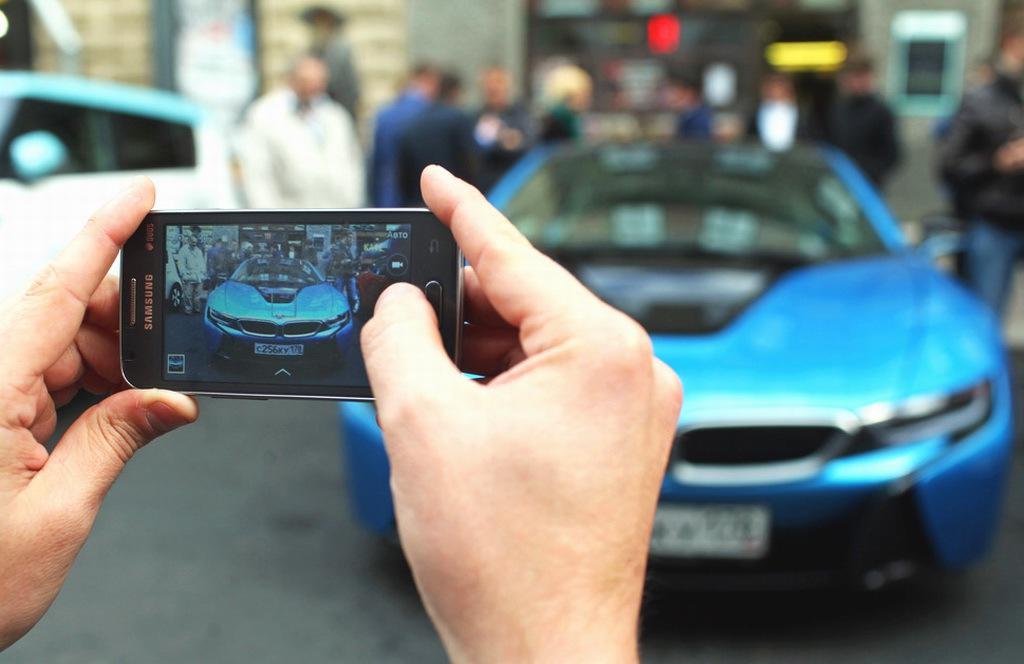 В Санкт-Петербурге широкой публике представили электромобили от различных производителей, в том числе от ОАО «АвтоВАЗ» - 6