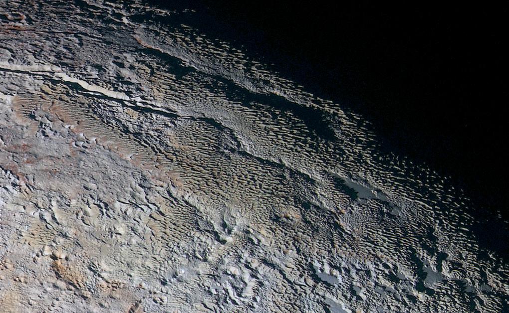 New Horizons прислал цветные фото Плутона высокого разрешения - 2