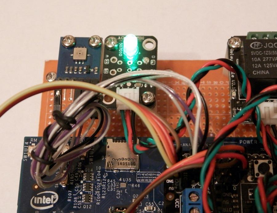 Intel IoT Analytics управление устройством