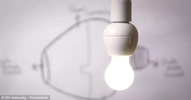 Как говорить с лампочкой — обзор смарт-патрона VOCCA - 10