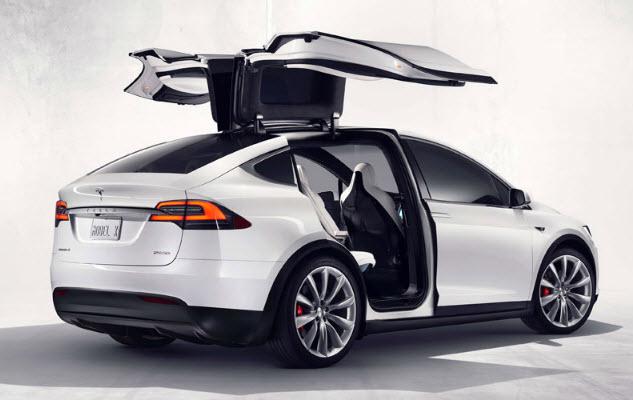 В Tesla Model X даже есть кнопка, включающая режим защиты от биологического оружия