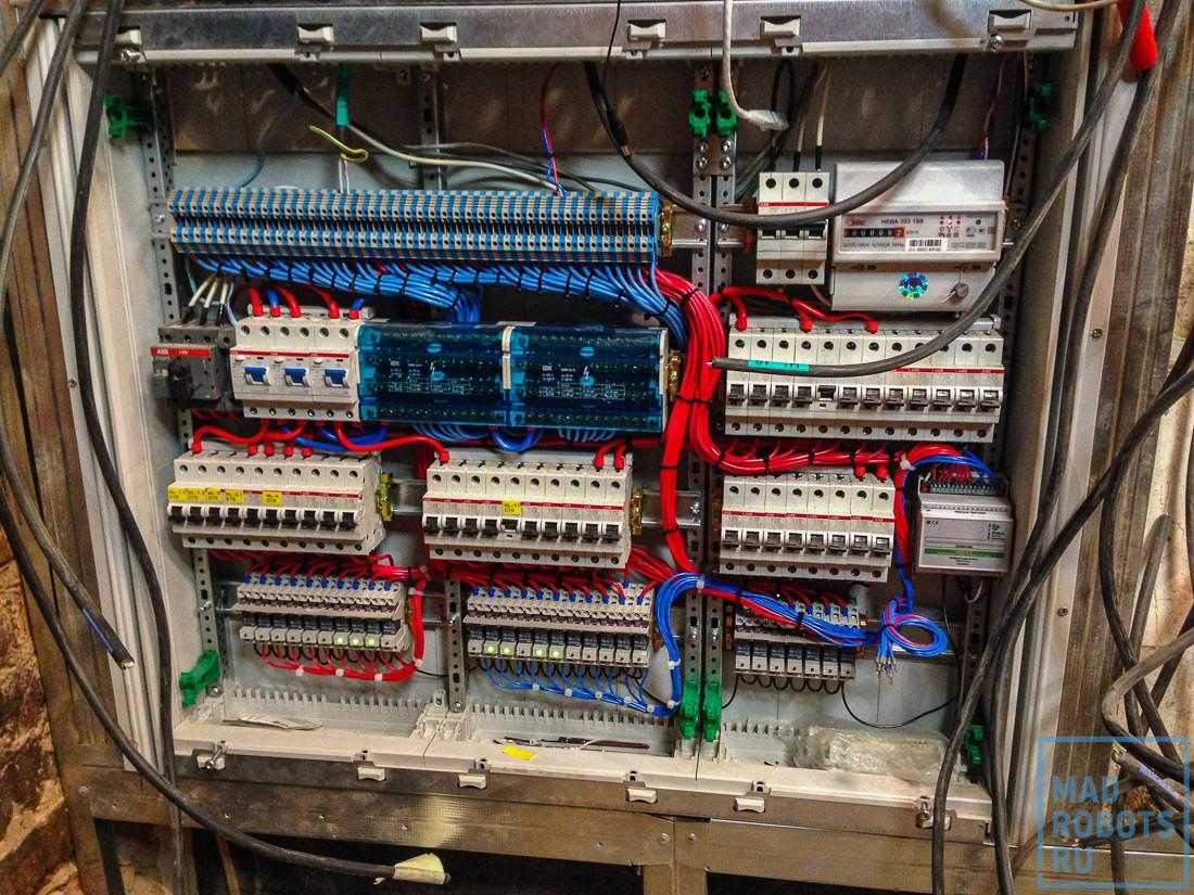 Хроники ремонта: как мы делали новый умный офис Madrobots. Часть вторая, умная - 17