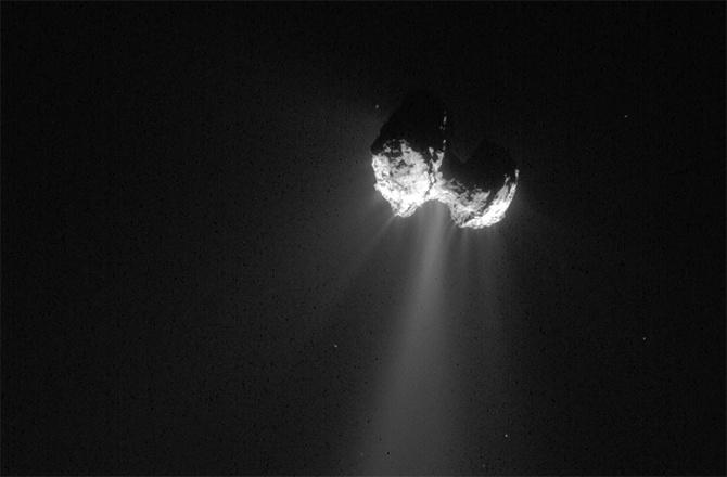 Комета Чурюмова-Герасименко — это две кометы, соединенные вместе - 1