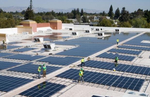 После выхода на полную мощность компания планирует ежегодно обеспечивать солнечными батареями не менее 200 тыс. домохозяйств