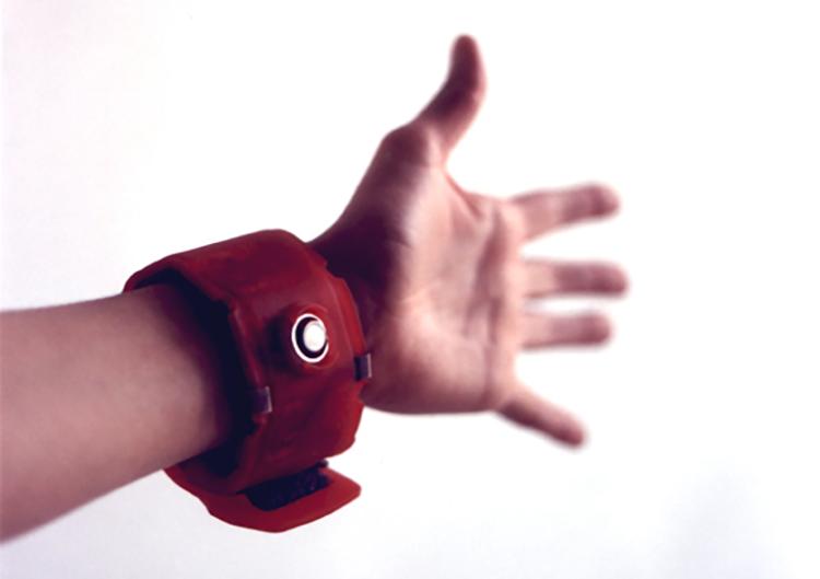 История носимых технологий: от первых очков до Apple Watch - 12
