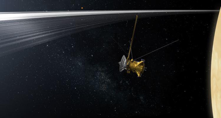 Станция Cassini прислала фото Пандоры и Титана - 2