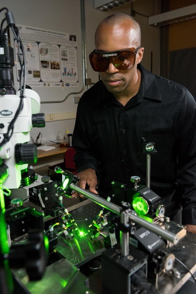 Антенна-выпрямитель из нанотрубок преобразовала свет в постоянный электрический ток - 3