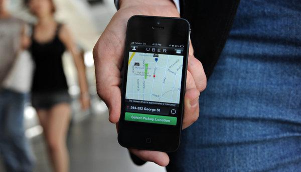 Даже водители Uber протестуют против действий Uber во Франции - 1