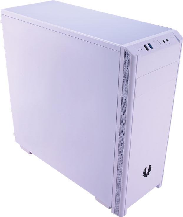 Корпус BitFenix Nova предложен в вариантах со сплошной боковой панелью и с окном