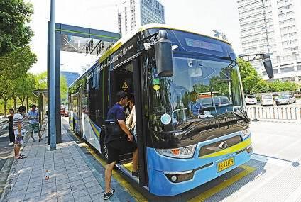 В столице Беларуси планируется запустить экологически чистые электробусы - 3
