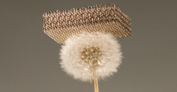 Как выглядит сверхлёгкая металлическая микрорешётка - 1