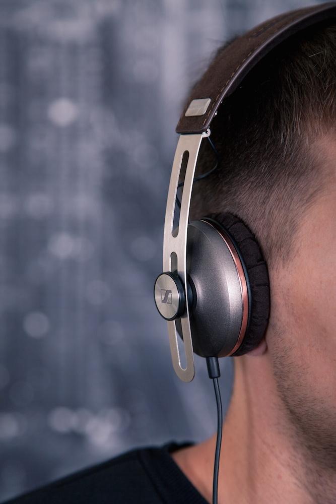 Музыка в современном стиле: Обзор наушников Sennheiser Momentum 2 on-ear - 8