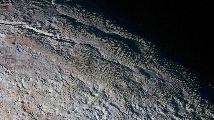 НАСА сделало около 100 открытий по Плутону за три месяца - 2