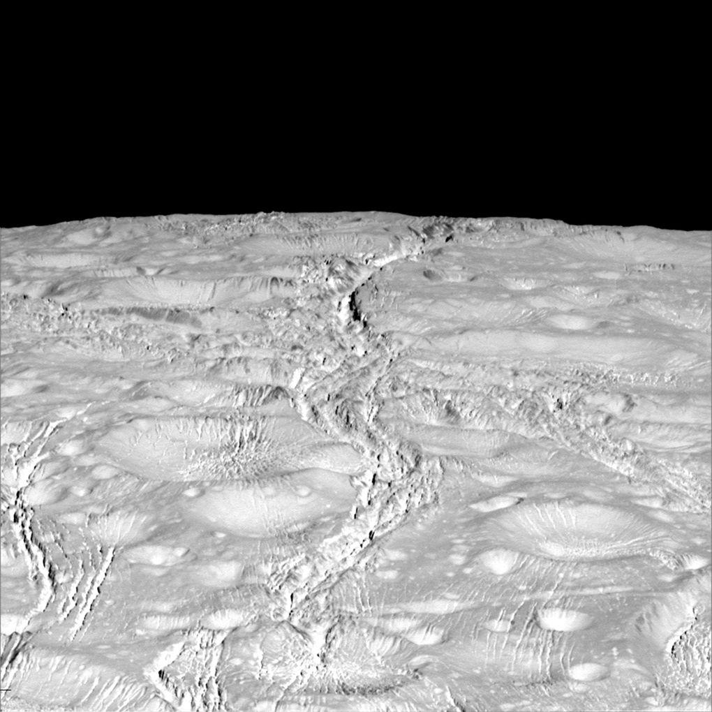 Cassini прислал фотографии Энцелада в хорошем разрешении - 2