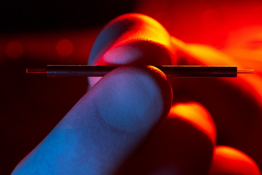 Создан действующий прототип модуля ускорителя микрочастиц длиной в 1,5 см - 1