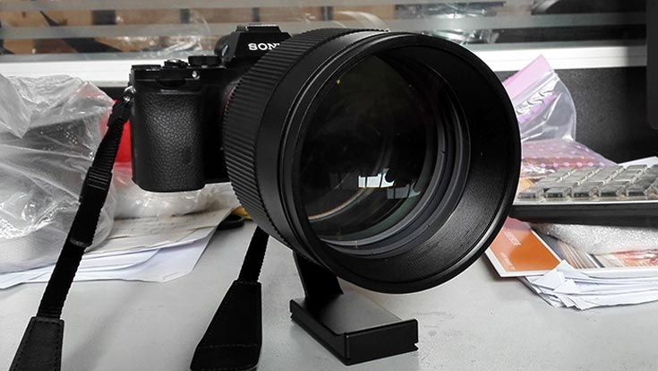 Объектив Mitakon Speedmaster 135mm F/1.4 оценен производителем в $2999