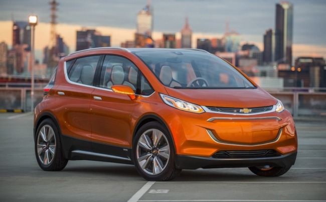 Chevrolet Bolt называют электромобилем LG. Запас хода в 320 км при цене $30 тыс.