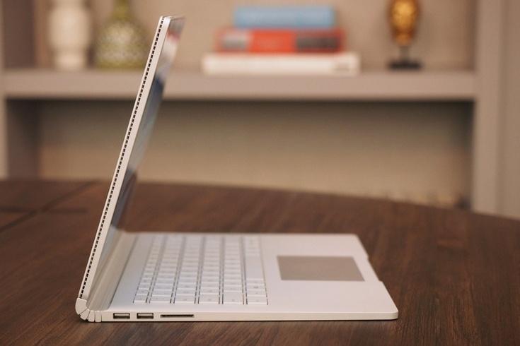 Тематические издания высоко оценили ноутбук Microsoft Surface Book