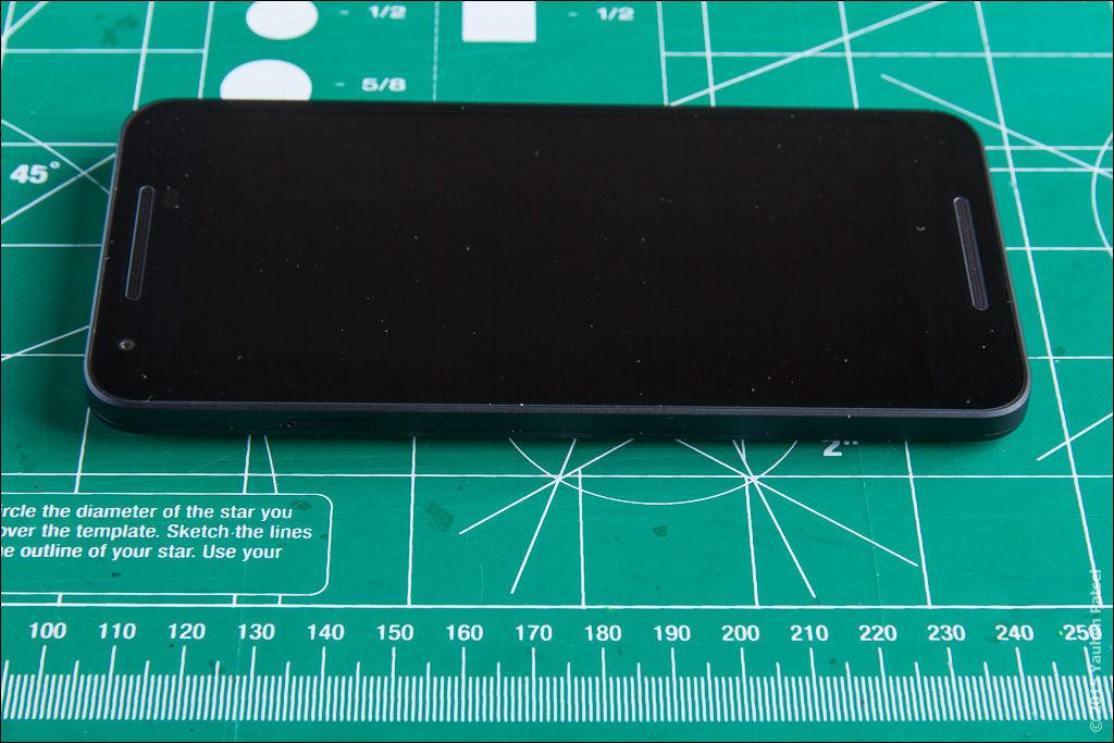 Unboxing Nexus 5X - 13
