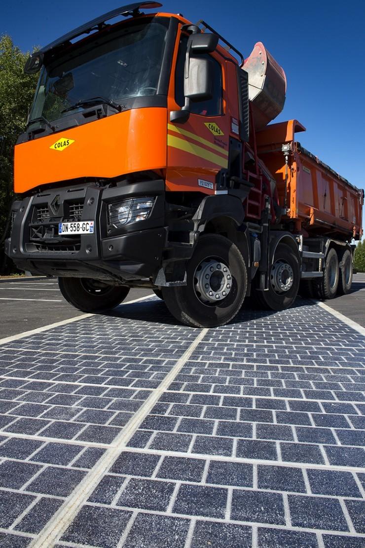 Французская компания собирается превратить автомобильные дороги в солнечные электростанции - 7