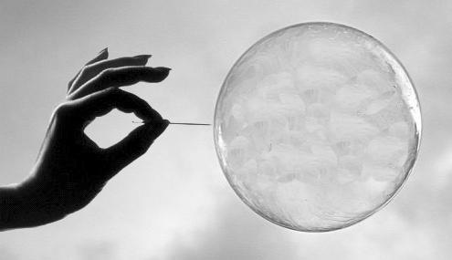 Технологический «пузырь» сдувается. Инвесторы переоценивают риски - 1