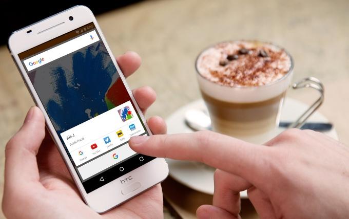 HTC считает дизайн модели One A9 очень удачным
