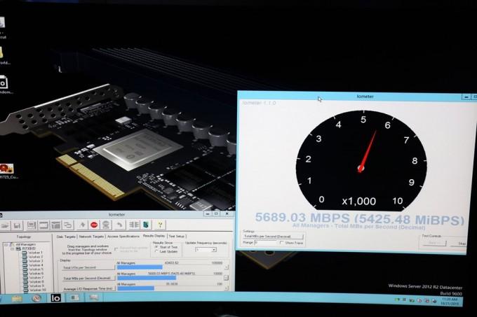Samsung показал SSD накопитель со скоростью записи в 5.6 ГБ-с - 1