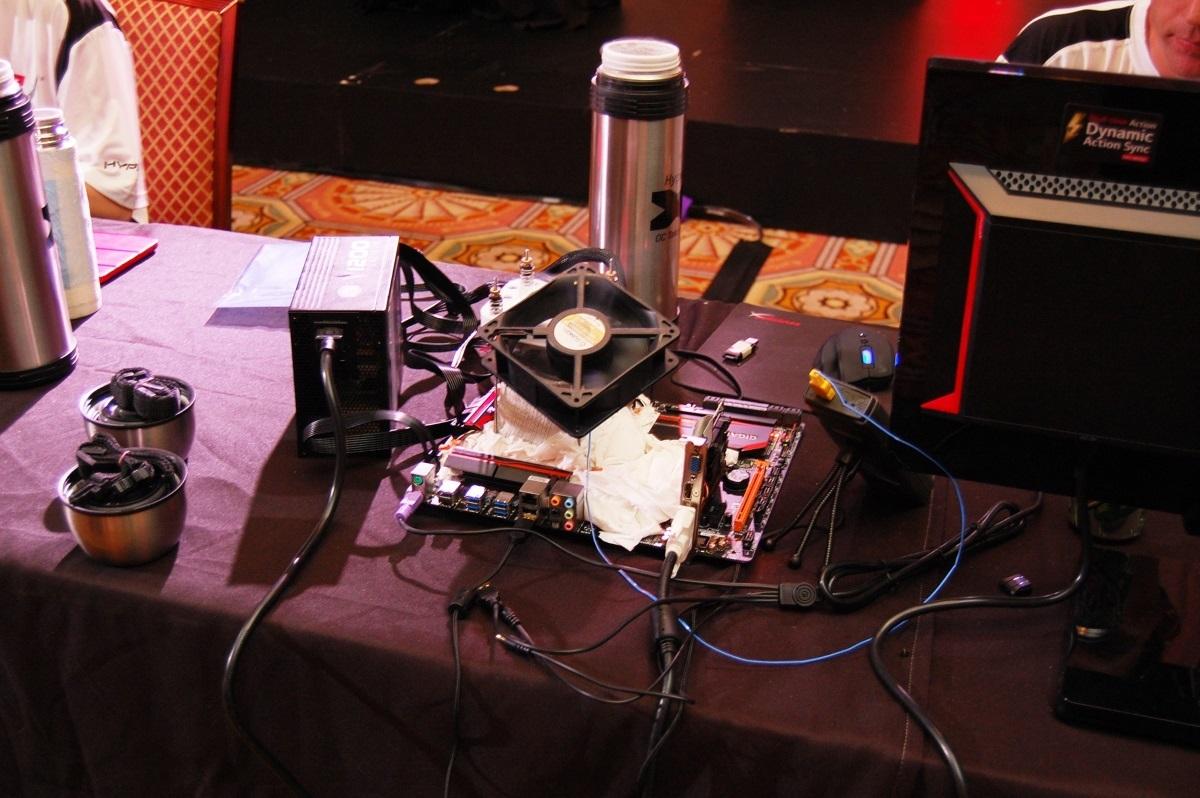 [Информационный пост] HyperX представляет соревнования для оверклокеров HyperX OC Takeover с призовым фондом 15 000 USD - 3