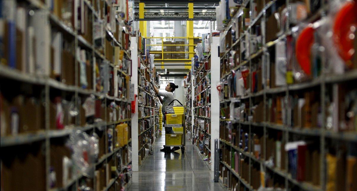На складах Amazon теперь работает 30 тысяч роботов вместо 15 тысяч (+ фото со складов компании) - 10