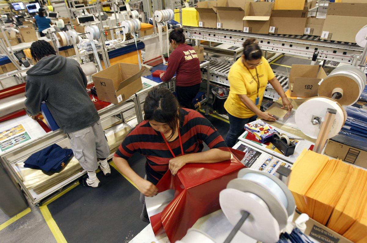 На складах Amazon теперь работает 30 тысяч роботов вместо 15 тысяч (+ фото со складов компании) - 12