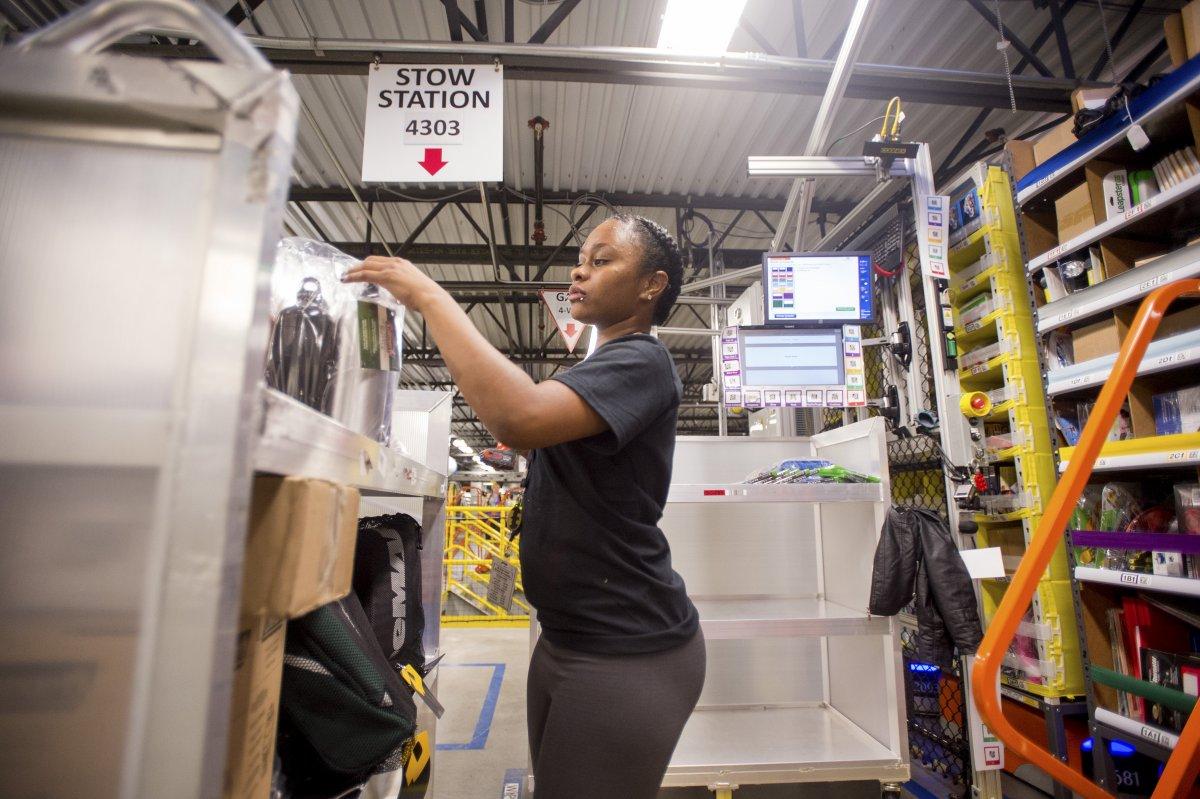 На складах Amazon теперь работает 30 тысяч роботов вместо 15 тысяч (+ фото со складов компании) - 14